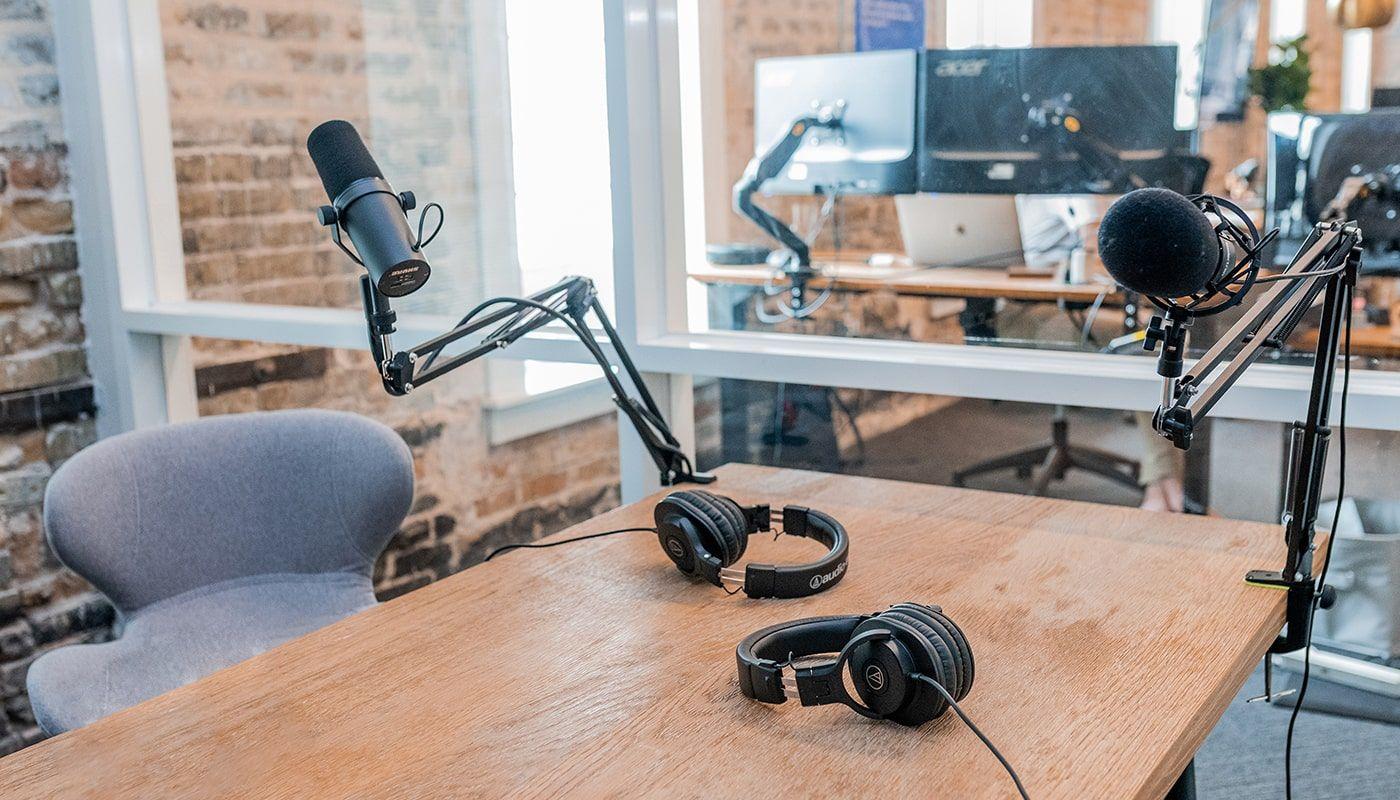 mesa de podcast